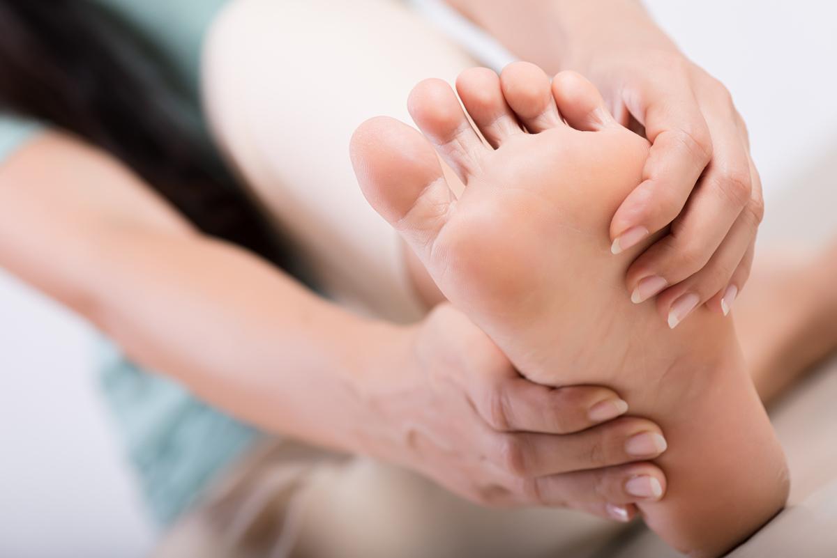 Artrosi ai Piedi. Patologie del piede. Prenota una visita con il Dottor Basile. Medico Chirurgo Specialista in Ortopedia e Traumatologia del Piede e della Caviglia a Roma.